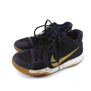 Nike Kids Kyrie Irving Blue Gold Sneakers